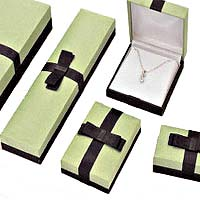 plastic boxes for jewelry, watches, pens, gifts and more. Hundreds of fabrics and trims.